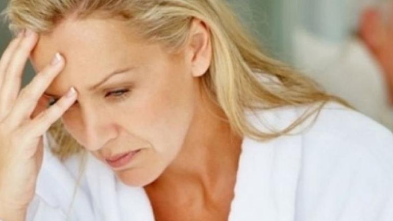 Εμμηνόπαυση. Πως να διαχειριστείτε τα επιπλέον κιλά