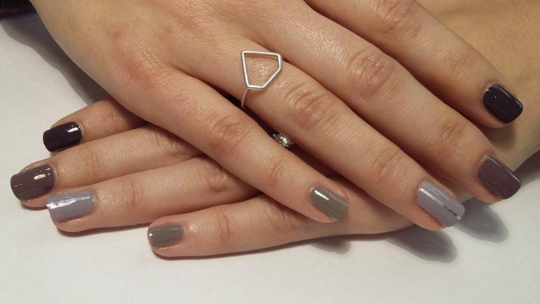Εντυπωσιάστε με διάφορα χρώματα στα νύχια σας!!