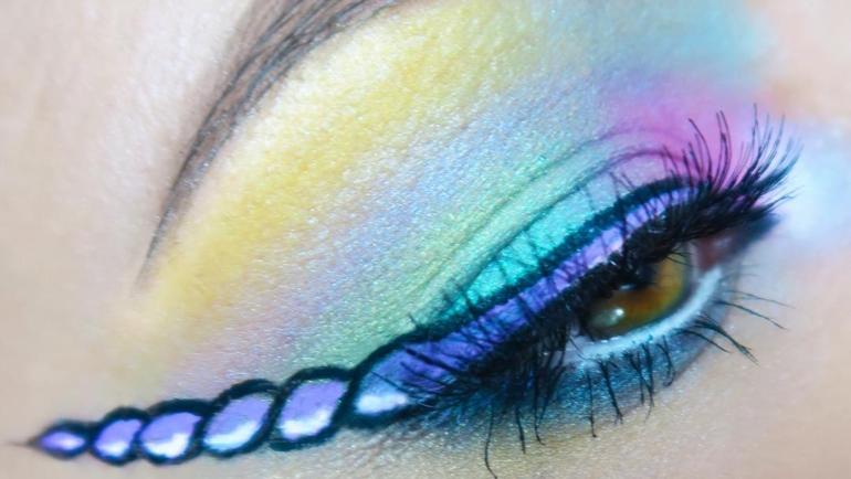Unicorn eyeliner! To νέο make up trend! Δες πως να το κάνεις!