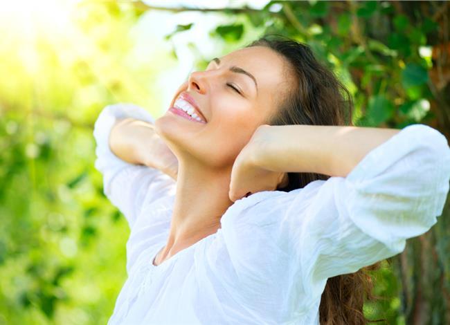 Αυτά τα 4 πράγματα πρέπει να κάνεις κάθε πρωί για να είσαι υγιής