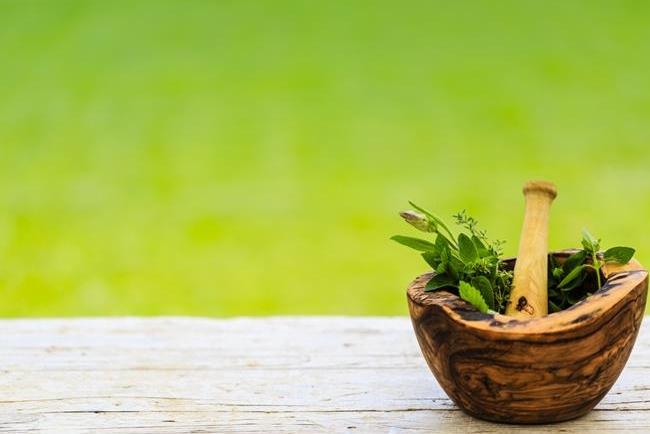 Τα βότανα που ρίχνουν τη χοληστερίνη