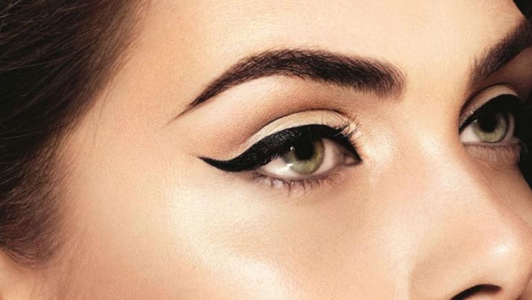 Πώς να αποφύγετε προβλήματα στα μάτια σας κατά το μακιγιάζ;