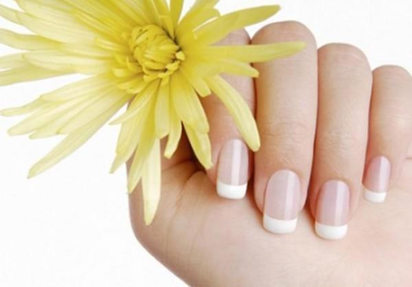 Tips για γερά και δυνατά νύχια!