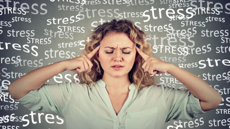 Έχεις άγχος; Μάθε τις 4 τροφές που πρέπει να εντάξεις στη διατροφή σου