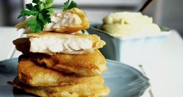 25η Μαρτίου: Ποιο λάδι είναι πιο υγιεινό για το τηγάνισμα του μπακαλιάρου