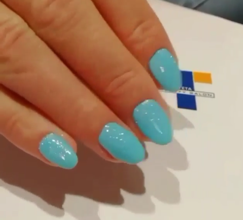Θα το λατρέψετε: Aqua Blue Nails