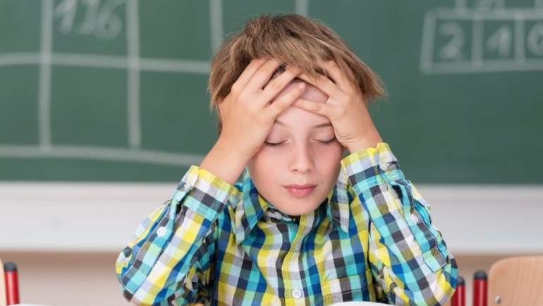 Πέντε σημάδια που δείχνουν ότι το παιδί σας έχει δυσλεξία