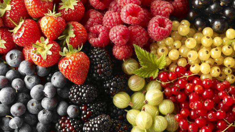 Η  κατανάλωση φρούτων συμβάλλει στη μείωση του κινδύνου στυτικής δυσλειτουργίας
