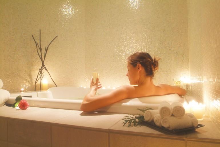 Τα λάθη που κάνετε στο μπάνιο και μπορούν να βλάψουν την υγεία σας