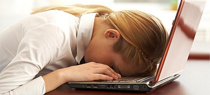 SOS: Μήπως πρέπει να αρχίσεις να δουλεύεις λιγότερο;