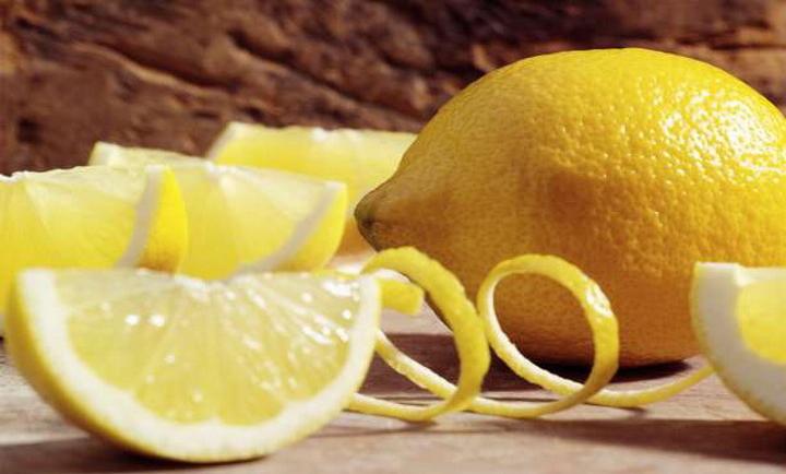 Αυτός είναι ο λόγος που αξίζει να βάλετε μια φέτα λεμόνι στο πλυντήριο πιάτων σας