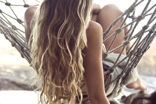 Φτιάξτε μόνοι σας αντιηλιακό μαλλιών!
