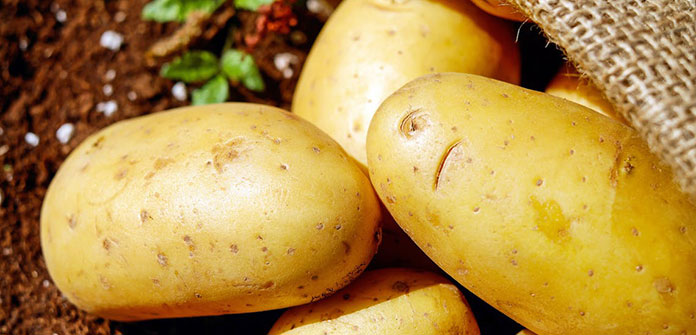 Χειροποίητη μάσκα ματιών με πατάτα