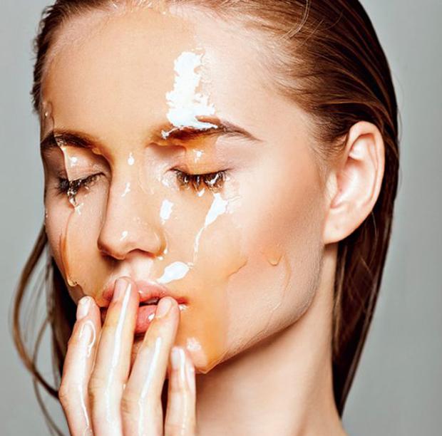 Ενυδατική μάσκα προσώπου με ελαιόλαδο και μέλι για κανονικό δέρμα