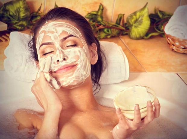 Μάσκα λάμψης προσώπου με αλόη (για όλους τους τύπους επιδερμίδας)