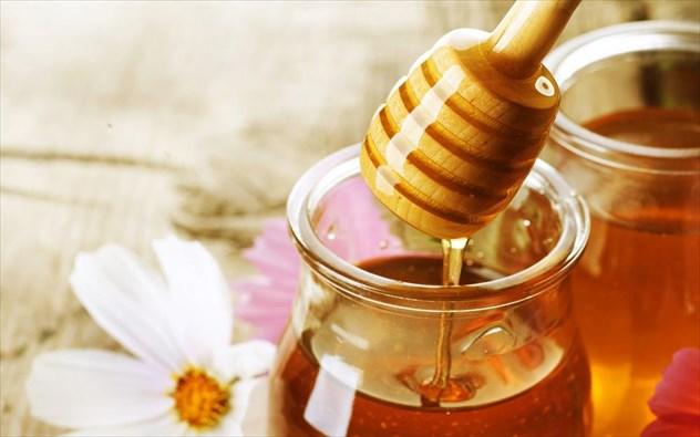 Τα οφέλη της κατανάλωσης νερού με μέλι