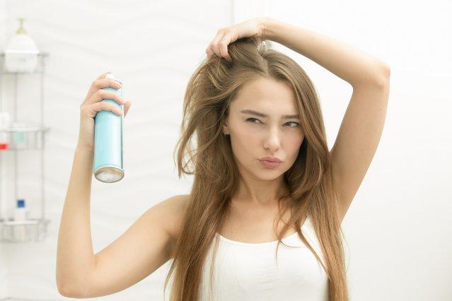 Έτσι θα δυναμώσεις τα μαλλιά σου από τη ρίζα!