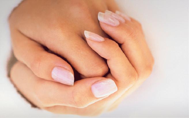 Λάδι για τα χέρια και τα νύχια με ελαιόλαδο και λεμόνι