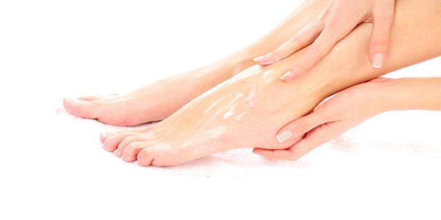 Καλοκαιρινή κρέμα ποδιών DIY