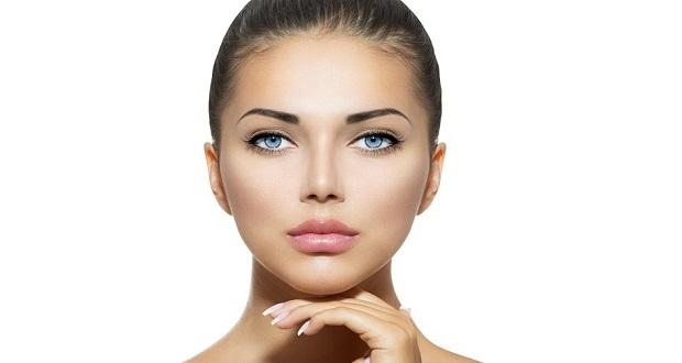 7 τρόποι για να παραμείνει το πρόσωπό σου ενυδατωμένο και χωρίς ρυτίδες