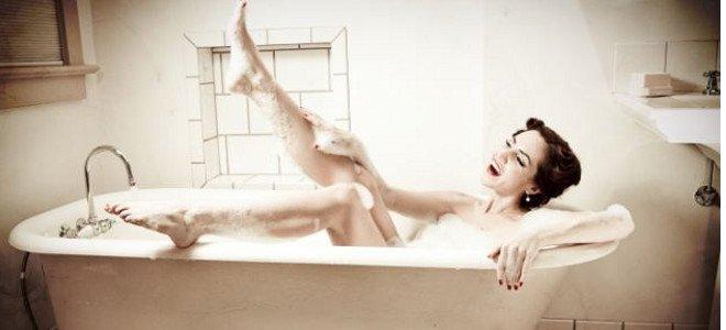 Γρήγορο τρικ για ένα υπέροχο, μαλακτικό μπάνιο