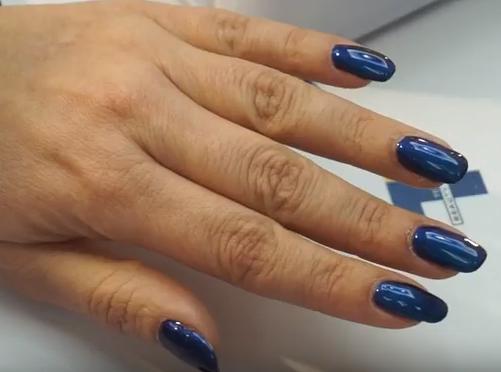 Εντυπωσιακά Mirror nails! Έτσι θα τα πετύχετε χωρίς ραγίσματα και κηλίδες!