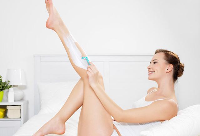 Αυτό που είναι απαραίτητο να κάνεις μετά το ξύρισμα των ποδιών σου και δεν το κάνεις