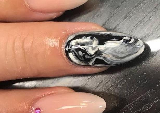 Το υπερηχογράφημα του μωρού σας στα νύχια σας!