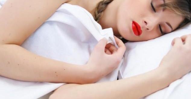 Τι θα συμβεί αν δεν αφαιρέσετε το μακιγιάζ για μία νύχτα